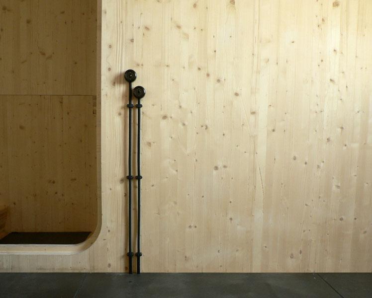 Détail de la Maison L. à La Garenne Colombes - appareillage électrique - Architecte : Hervé Gaillaguet