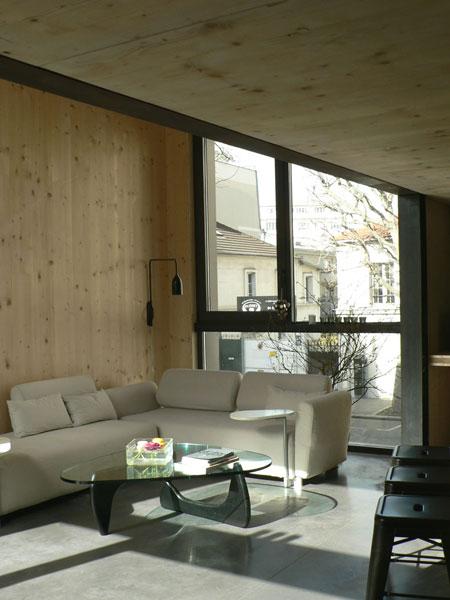 Pièce à vivre de la Maison L. à La Garenne Colombes - Architecte : Hervé Gaillaguet